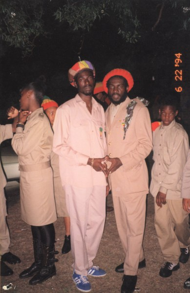 Silvanus and Buju Banton in Manchester England - Nice Shoes said he